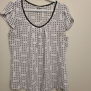 💪2/$15 Ricki's White and Black Polka Dot Shirt